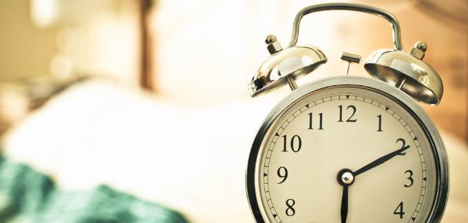 کارآفرینان به ندرت با زنگ اول ساعت بیدار نمیشوند: 4 تکنیک برای این که صبحها راحتتر از رختخواب جدا شوید